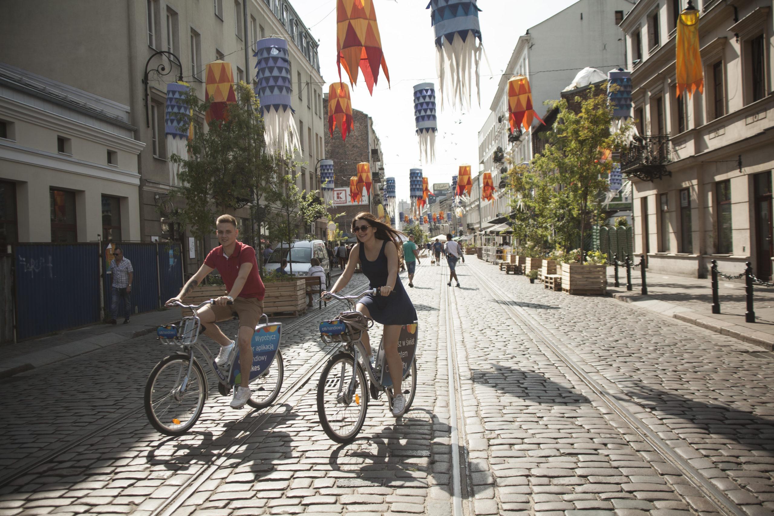 ulica Ząbkowska, Żywa Ulica w Warszawie, rok 2017, fot. Emilia Oksentowicz