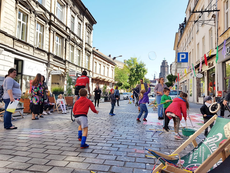 ulica Siemińskiego, Żywa Ulica w Gliwicach, rok 2019, fot. Paweł Harlender